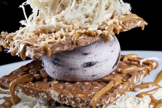 תפריט סוהו - קינוחים - פרמידת קרם עוגיות