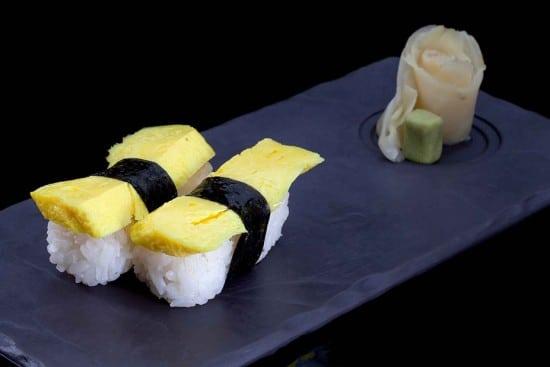 תפריט סוהו - ניגירי, סושי - ניגירי טמאגו (קרפ ביצה ממותק)