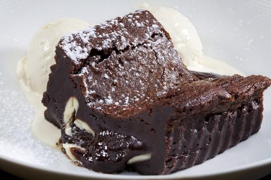 תפריט סוהו -  - פאדג' שוקולד תוצרת בית
