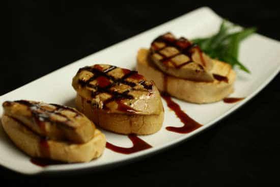 מנת כבד אווז ברוטב טריאקי יפני במסעדת הסוהו