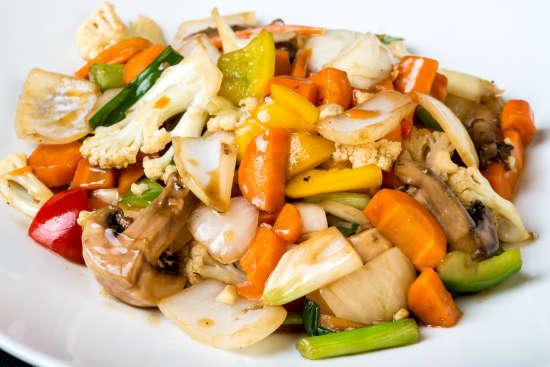 מנת ירקות מוקפצים גדול במסעדת הסוהו